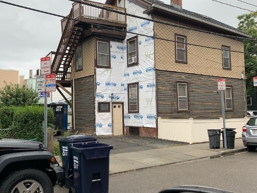 The midpoint of a siding project in Cambridge